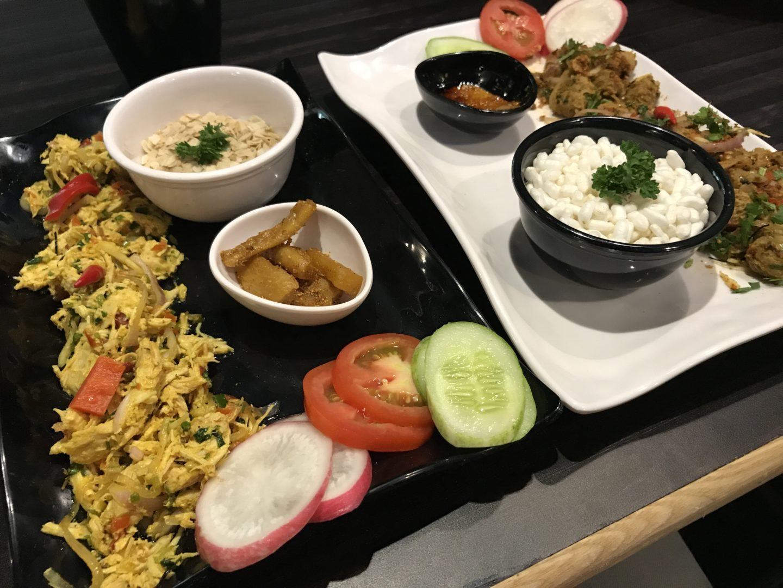 chicken sadeko yomari mumbai