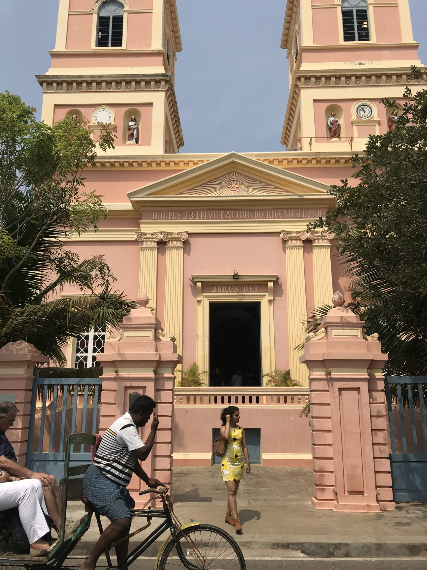 A Visitor's Guide to the Churches of Pondicherry