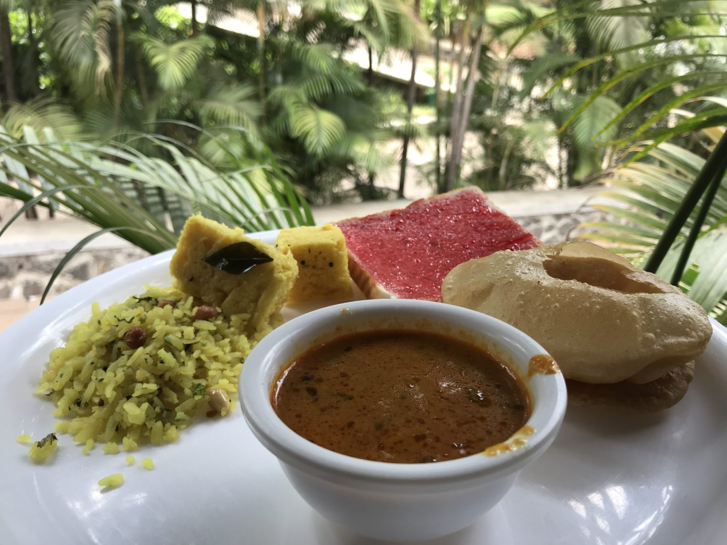 manas resort food