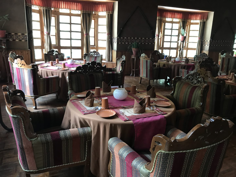restaurants in kasol