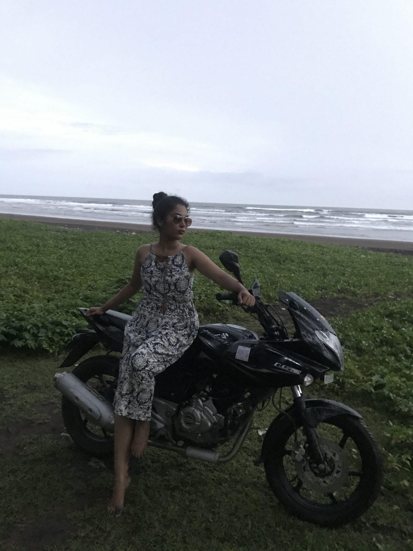 that goan girl mandvi beach