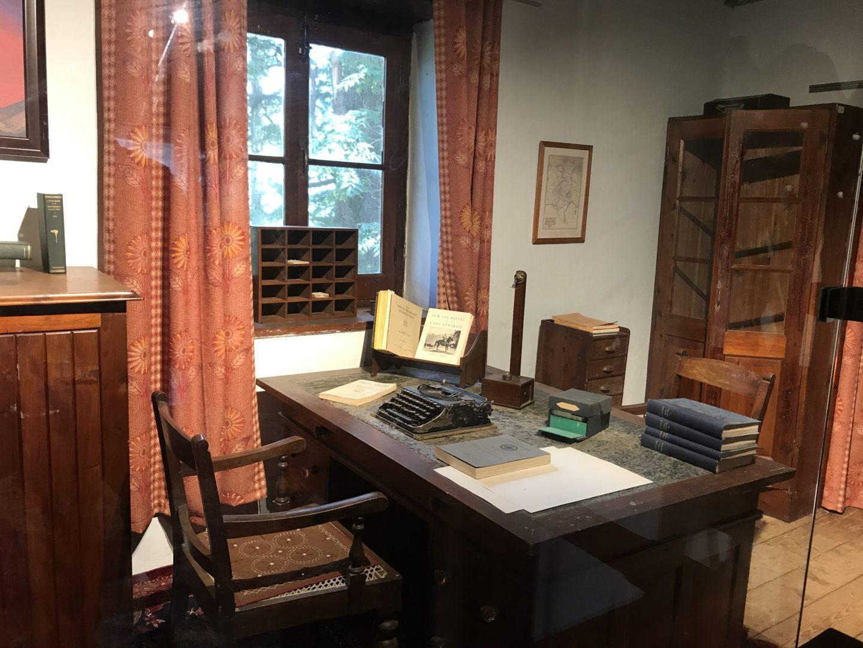 roerich study room